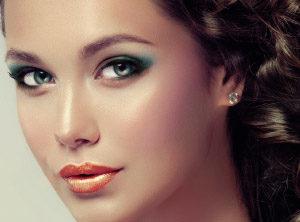 Read more about the article Coconut, il make-up è tropical